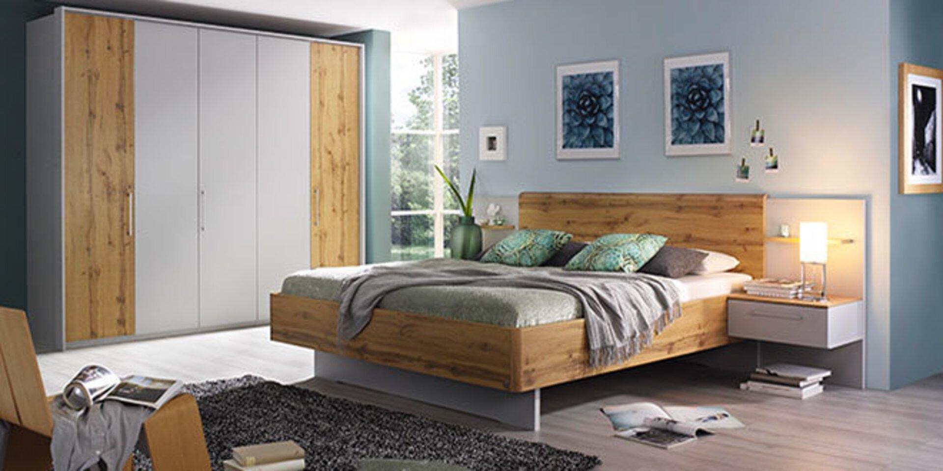 Titelbild auf der Markenseite von Vito zeigt ein Schlafzimmer aus Holz..