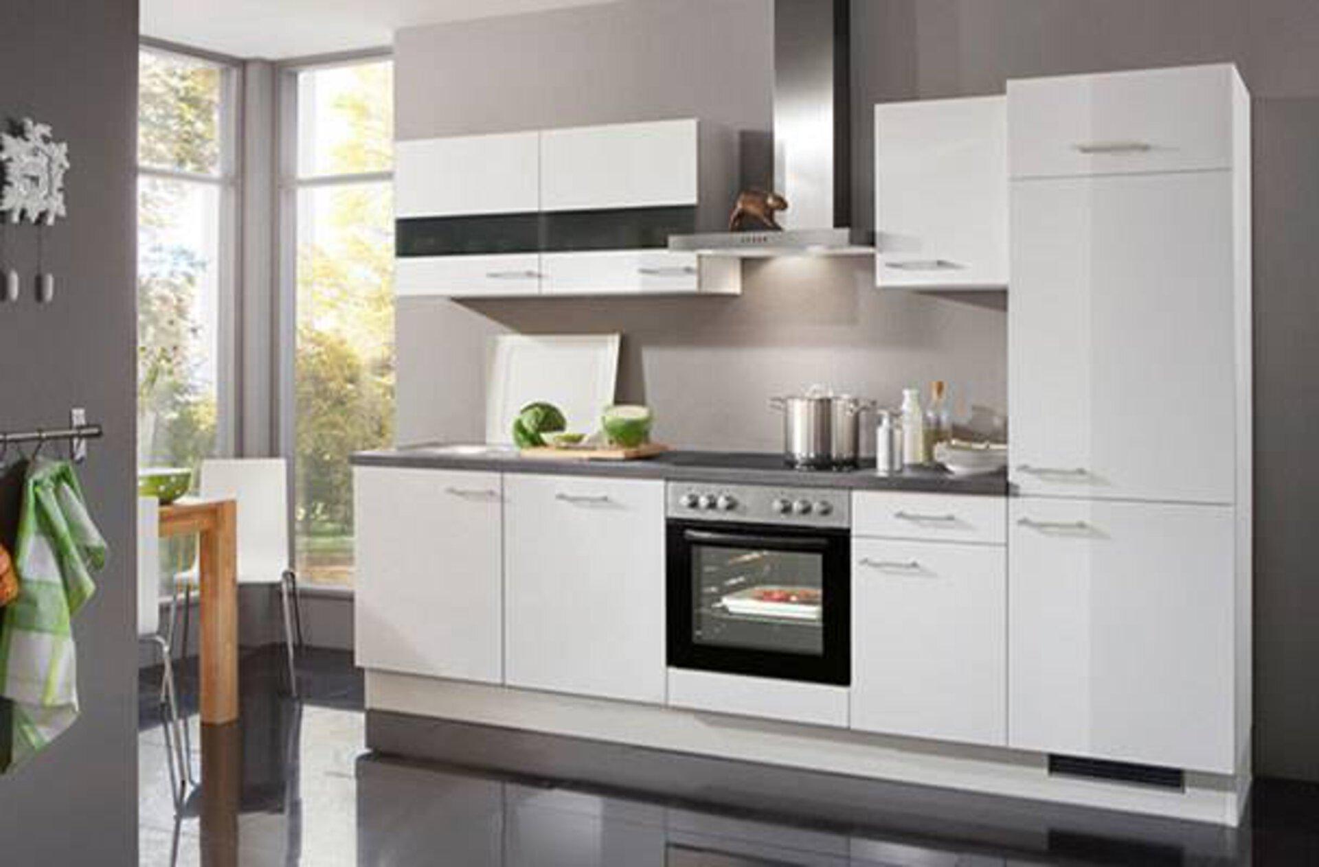 Kompaktküche in hochglanz Weiß