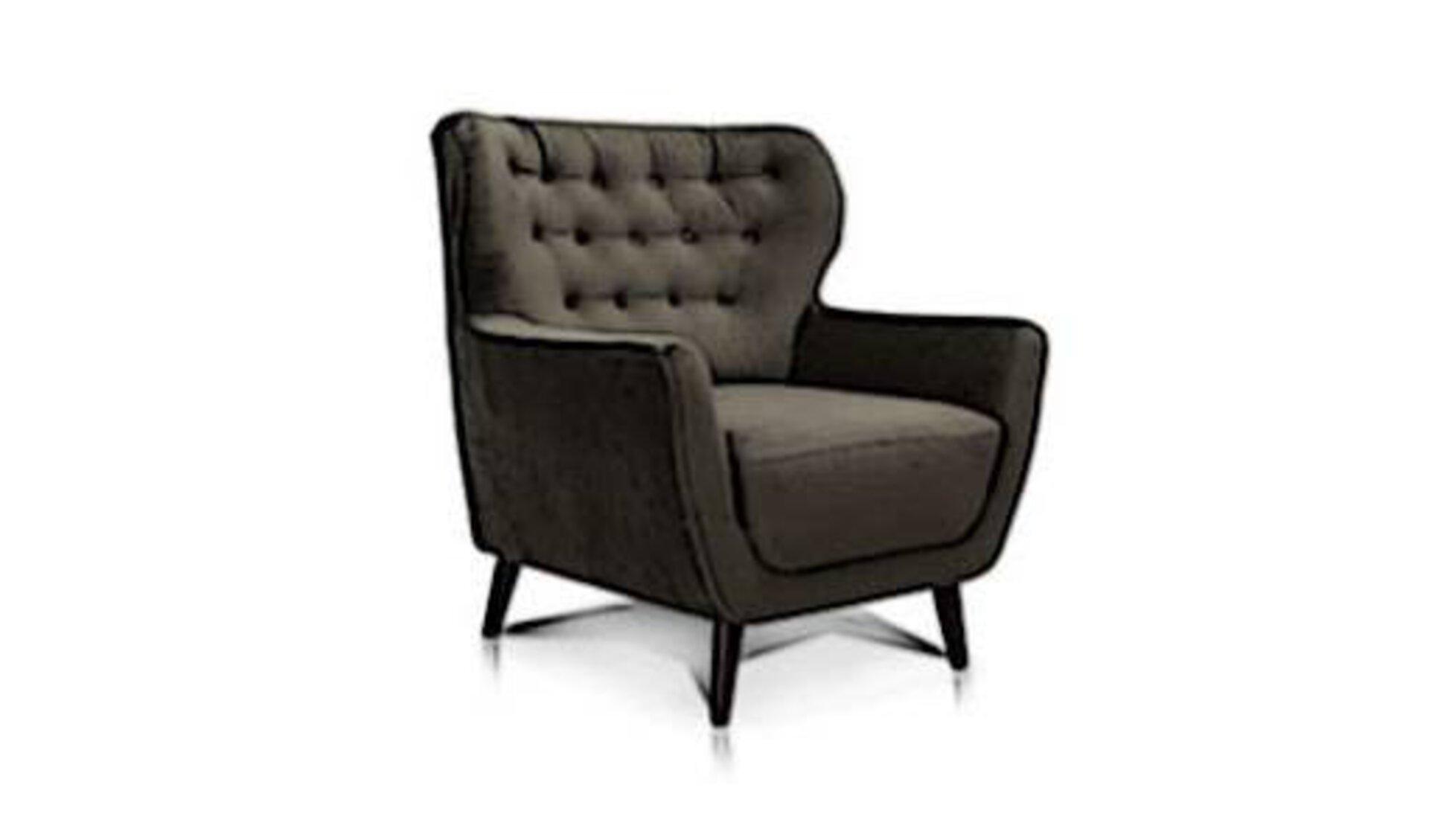 Gepolsterter Ohrensessel mit großer Sitzfläche und Stoffbezug steht sinnbildlich für alle Einzelsessel innerhalb der Produktwelt.