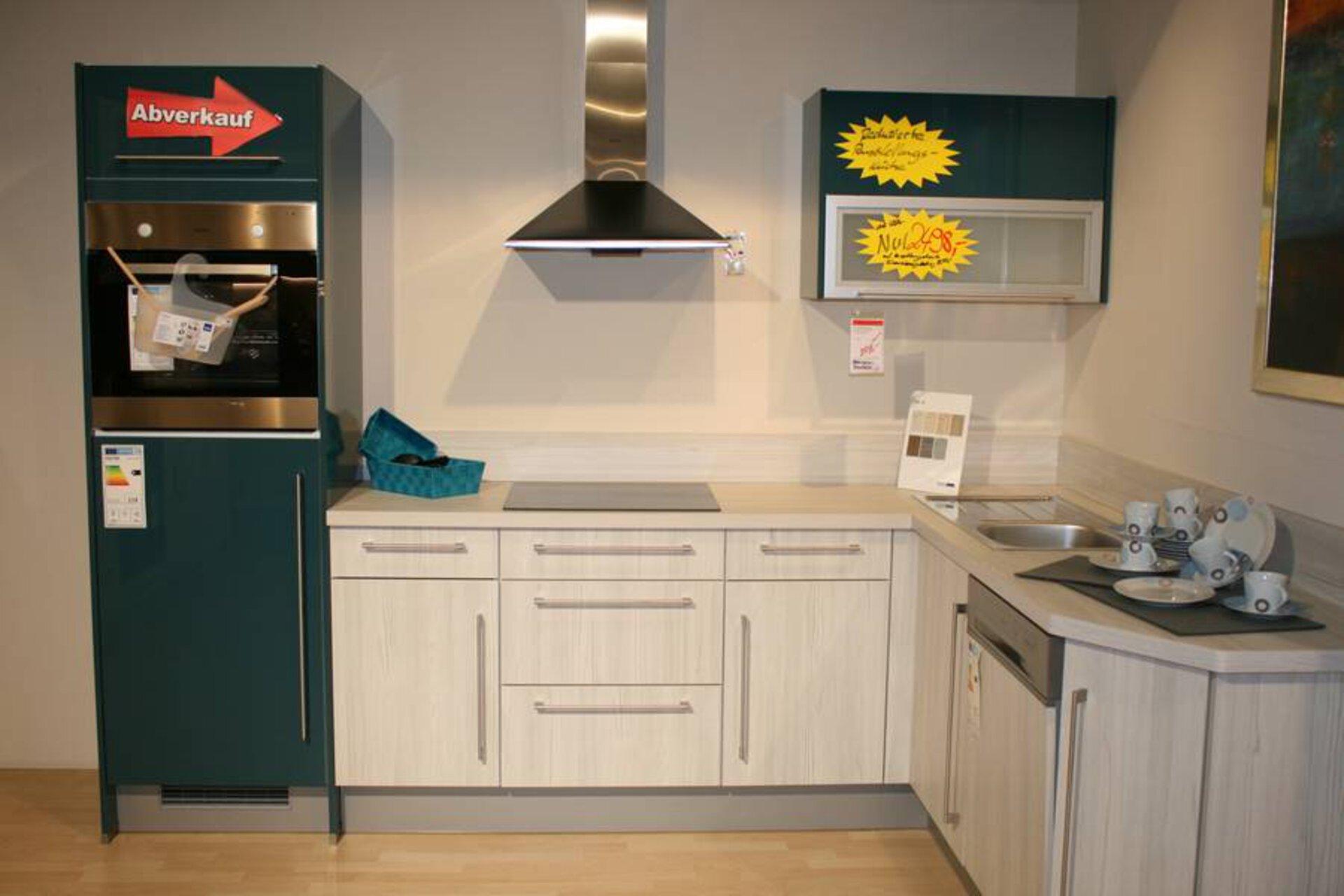 Moderne Einbauküche PN100 / PN270