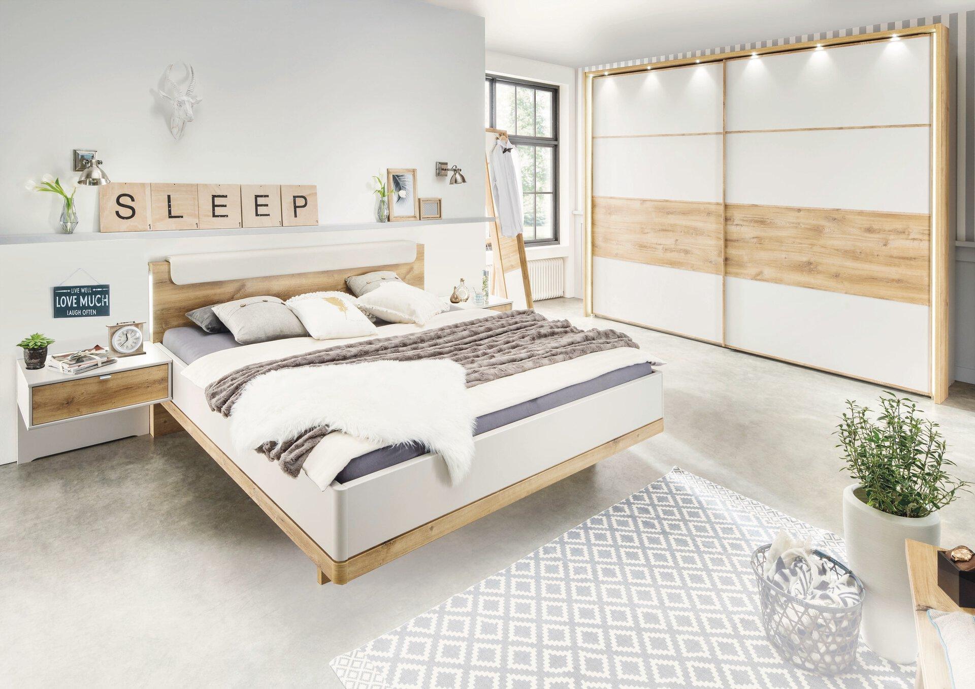 Schlafzimmer CATANIA Wiemann Holzwerkstoff 67 x 216 x 250 cm