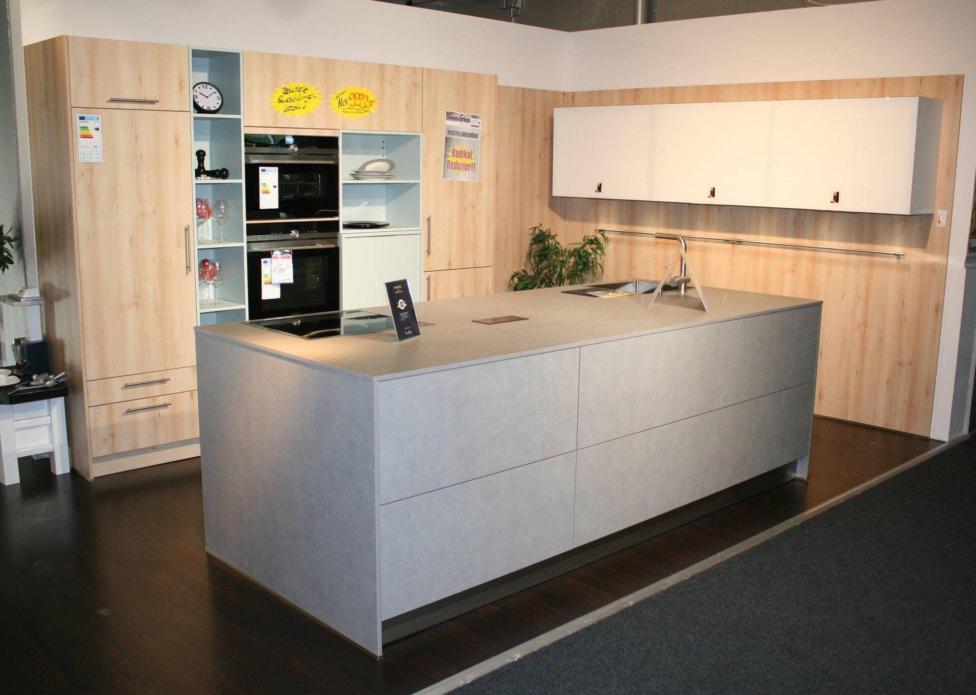 Moderne Einbauküche Elbao ELB/ Belari BAR Interline