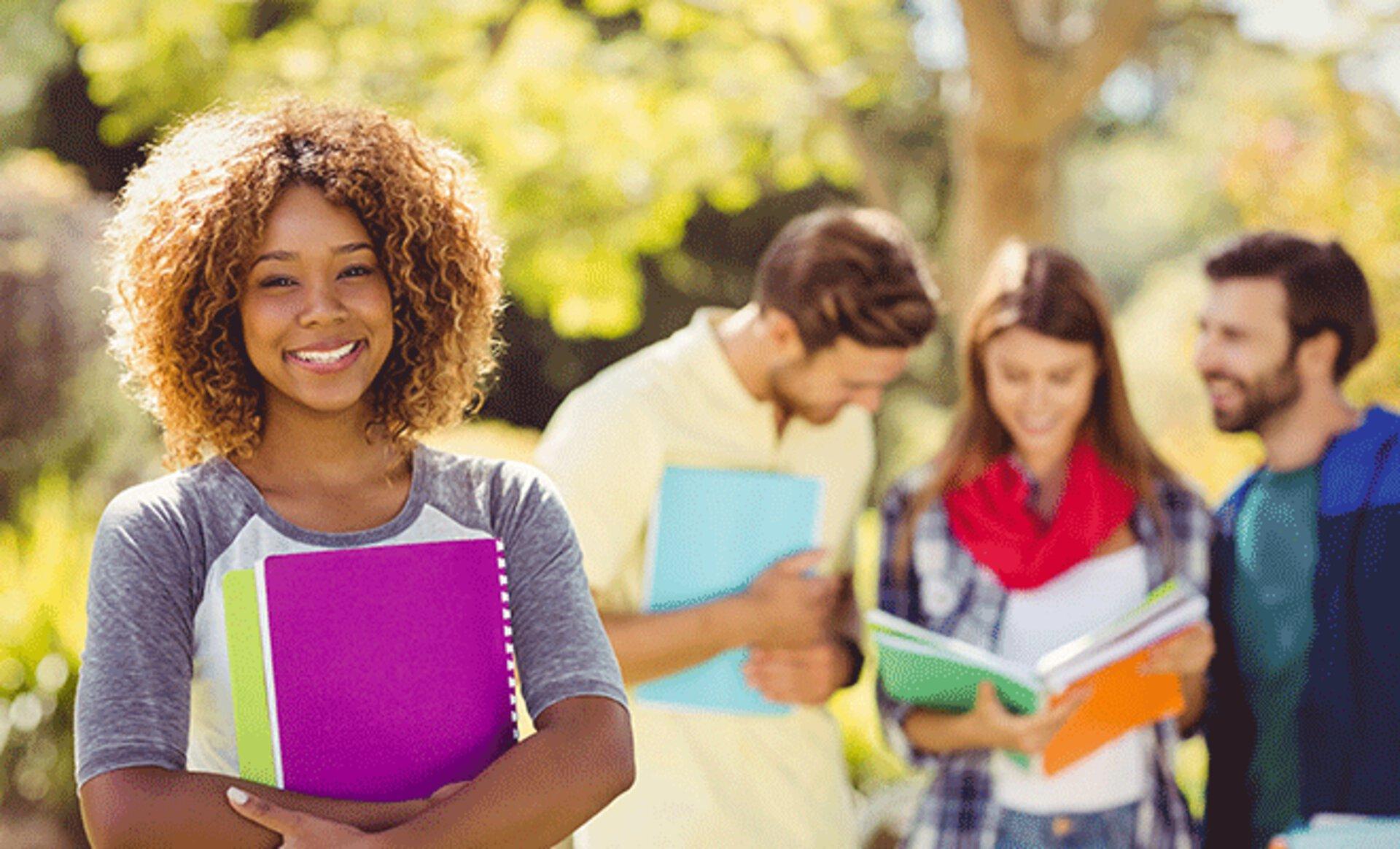 Studentin am Campus