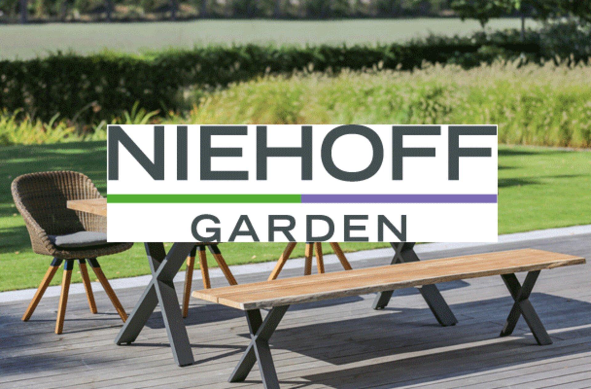Gartentisch mit Niehoff-Garden Logo