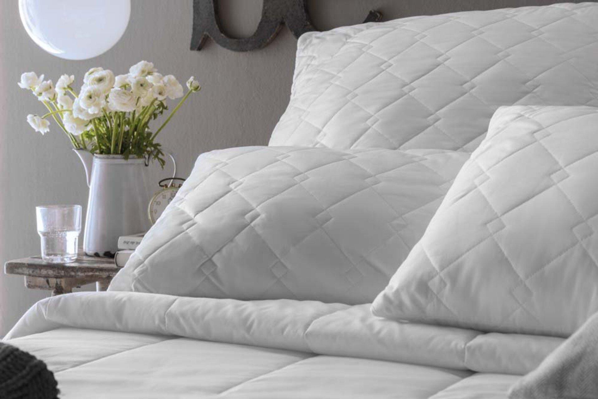 Kopfkissen ROYAL Kissen Centa-Star Textil weiß 80 x 80 cm