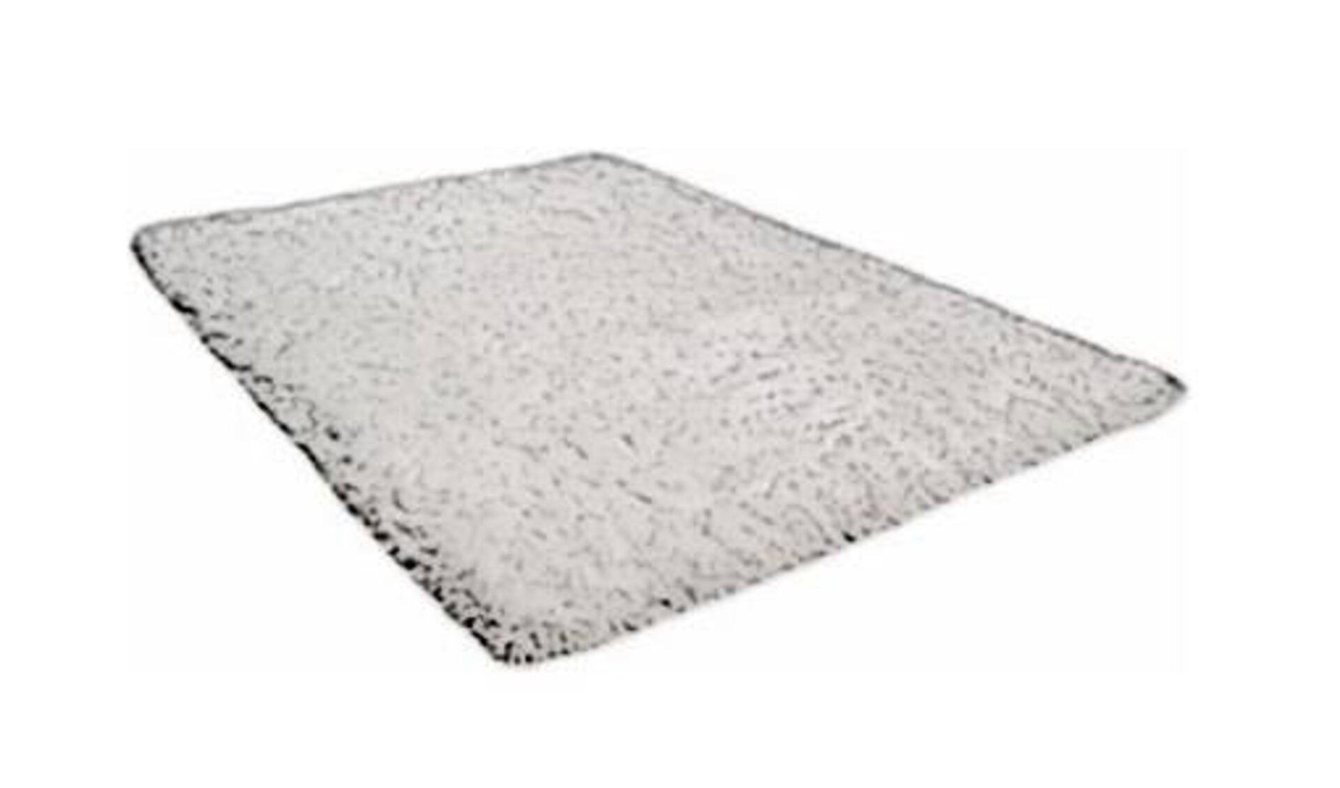 Icon für Handtuftteppich zeigt einen weißen Teppich, der an Hochflorteppiche erinnert.