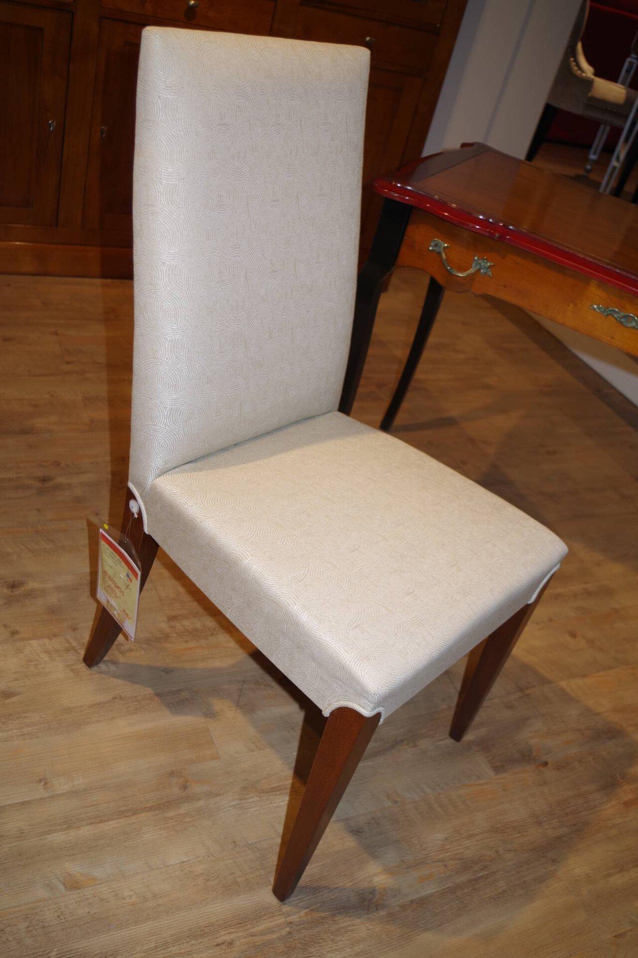 Stuhl E1130 TANGO