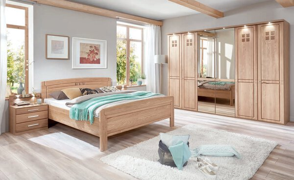 Schlafzimmer Wiemann Holzwerkstoff 096 Eiche teilmassiv / Spiegel