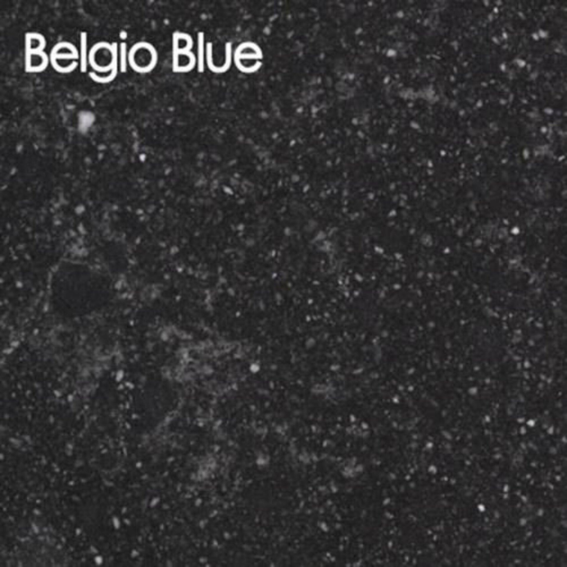Arbeitsplatte aus Kunststein in der Ausführung Belgio Blue.